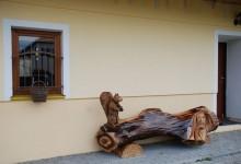 Drevená,umelecká lavica