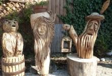 Drevené sochy do záhrad