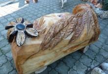 Lavica z dreva do záhrady, umelecká