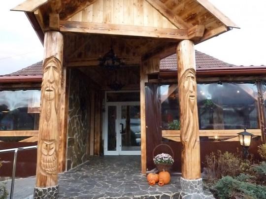 drevený stĺp
