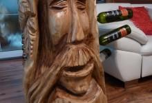 Drevený stoján na víno, umelecky spracovaný cena: 1000€