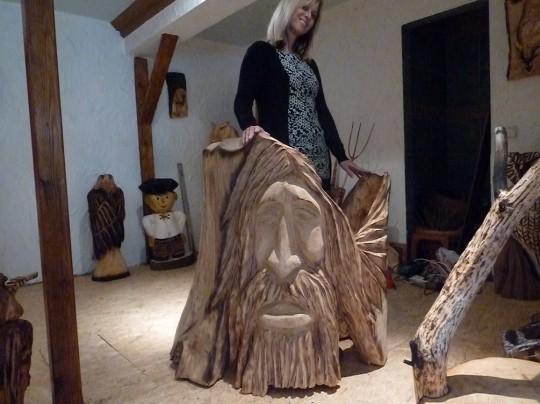 drevená dekorácia do záhrady