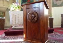 Drevená kazatelňa
