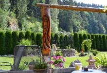Drevená okrasná stojka
