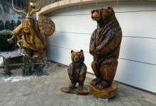 Drevené medvede