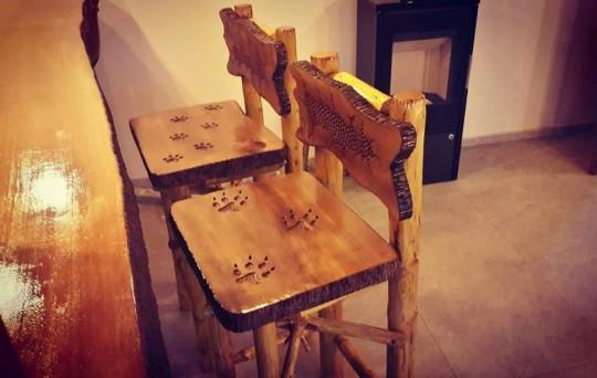 Barové stoličky, umelecky spracované