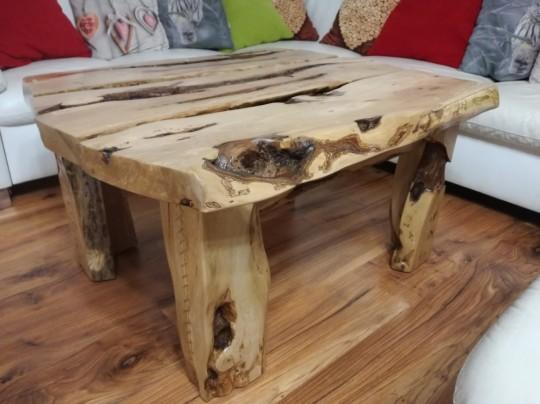 Konferenčný stolík z hruškového dreva