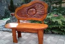Dubová lavička s reliefom