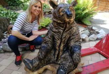 Drevená socha medveďa