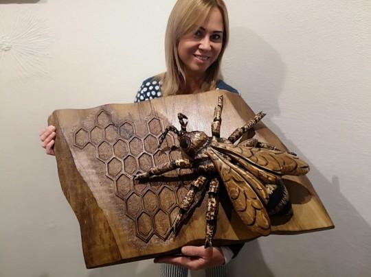 Rezba včely